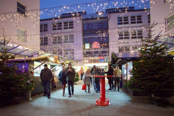 rez_weihnachtsmarkt-am-rennplatzzentrum